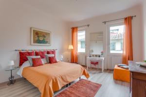 Apartments Florence - Charming Serragli - AbcAlberghi.com