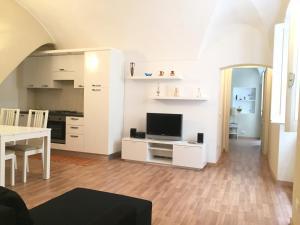 56 Via Nino Bixio - AbcAlberghi.com