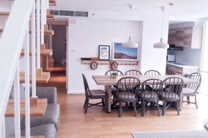Huahin Beachfront: Duplex Suite x Triple Rooms - Ban Nong Chik