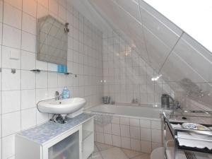 Cozy Apartment in Kropelin Germany near Sea, Apartmanok  Kröpelin - big - 37