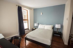Hotel Belley.  Photo 17