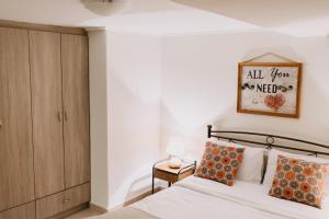 BEST HOUSE, CENTRAL APRTM., AGIOU NIKOLAOU, PATRA Achaia Greece