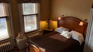 Accommodation in Pontiac Regional