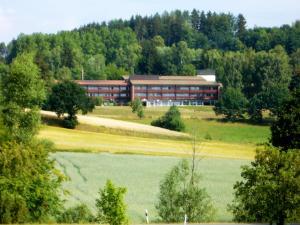 Landhotel am Sonnenhang - Georgenberg