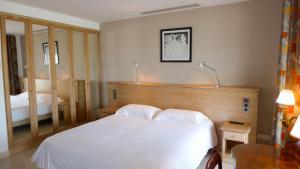 Résidence La Loggia, Apartmány  Cannes - big - 75