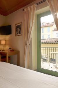 Résidence La Loggia, Apartmány  Cannes - big - 97