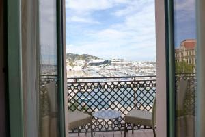 Résidence La Loggia, Apartmány  Cannes - big - 18