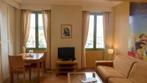 Résidence La Loggia, Apartmány  Cannes - big - 104
