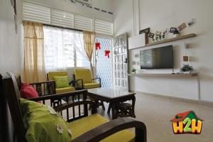 H2H - Canning 28 Vacation House (10 Guests), Дома для отпуска  Ипох - big - 32