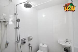 H2H - Canning 28 Vacation House (10 Guests), Дома для отпуска  Ипох - big - 3