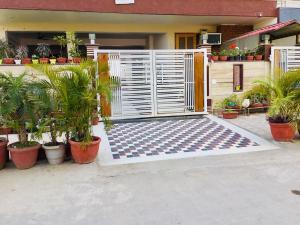 Nikunj @Medanta (The Medicity) Gurgaon, Ferienhäuser - Gurgaon