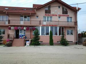 Hostales Baratos - Pension Rozeclas