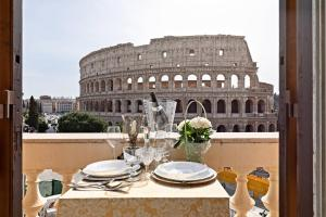 View Colosseo From Jacuzzi - abcRoma.com