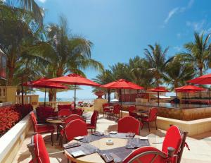 Acqualina Resort & Spa on the Beach (9 of 73)