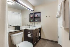 Candlewood Suites Bensalem - Philadelphia Area, Hotel  Bensalem - big - 2