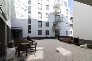 Golden Apartments OLD NOVA 60