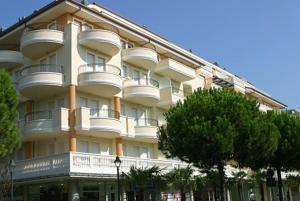 Apartments in Riccione 21382 - AbcAlberghi.com