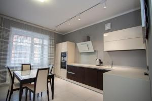 Luxury Apartments on Mira Square - Pervomayskiy