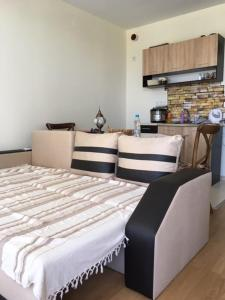 Private One-Bedroom Apartment in Ohrid Fort Garden
