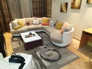 Tirana Luxury Appartment - Vasqarr