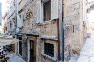 80s Dubrovnik