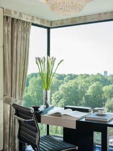 Four Seasons Hotel London at Park Lane (24 of 102)