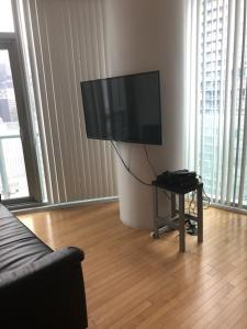 Corporate Ryan Suites York Street, Appartamenti  Toronto - big - 39