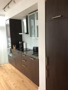 Corporate Ryan Suites York Street, Appartamenti  Toronto - big - 38