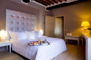 Cortona Resort & Spa - Villa Aurea, Hotels  Cortona - big - 65