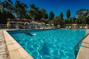 Location gîte, chambres d'hotes VVF Villages « Le Parc des Salines » Sigean dans le département Aude 11