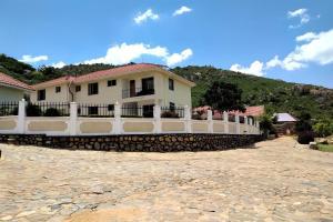 . Igumbilo Hilltop Hotel - Iringa