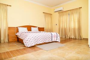 Park Royale, Apartments  Accra - big - 11