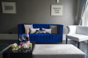 LUXURY 2 BEDROOM 2 BATHROOM FLAT IN CHELSEA - Kensington