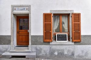 Albergues - Osteria Lucendro