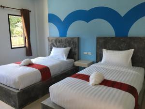 พร้อมหทัย รีสอร์ท Promhathai Resort - Ban Khlong Nok Kathung