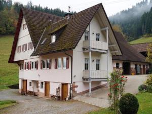 Klausseppenhof - Erzenbach