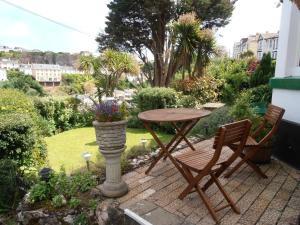 Woodlands Guest House, Penzióny  Brixham - big - 53