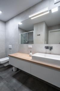 Q19 Apartments