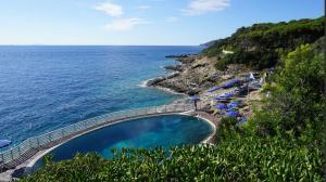 Bilocale a Capo d'Arco Vista Mare - AbcAlberghi.com