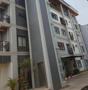 Mai Lao Apartment - Kaengkai