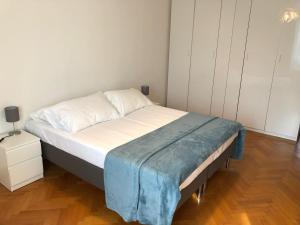 7 Via Olona - AbcAlberghi.com