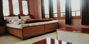 Auberges de jeunesse - Suraj Cafe & Guest House