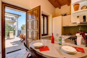 Catullo Apartments Sirmione - AbcAlberghi.com