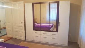 Apartman Panonska jezera, Ferienwohnungen  Tuzla - big - 22