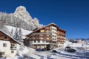 Hotel Sassongher - AbcAlberghi.com