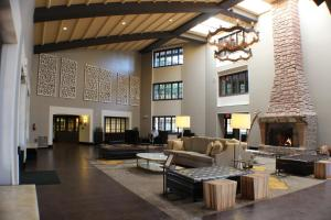 Embassy Suites Napa Valley (6 of 29)