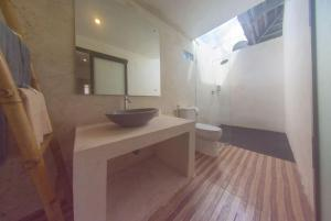 Deluxe Bungalow Agung Wiwin Bungalows