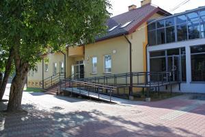 Integracyjne Centrum Opieki Wychowania Terapii - Warsaw