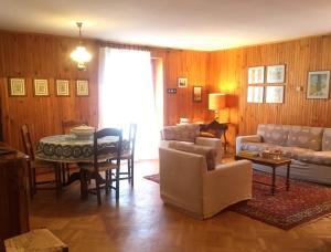 Casa Malerba by Holiday World - Hotel - Borgata Sestriere