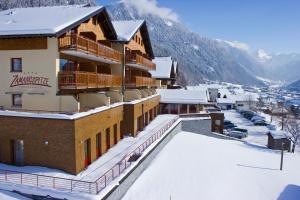 Dachstein West Hotels